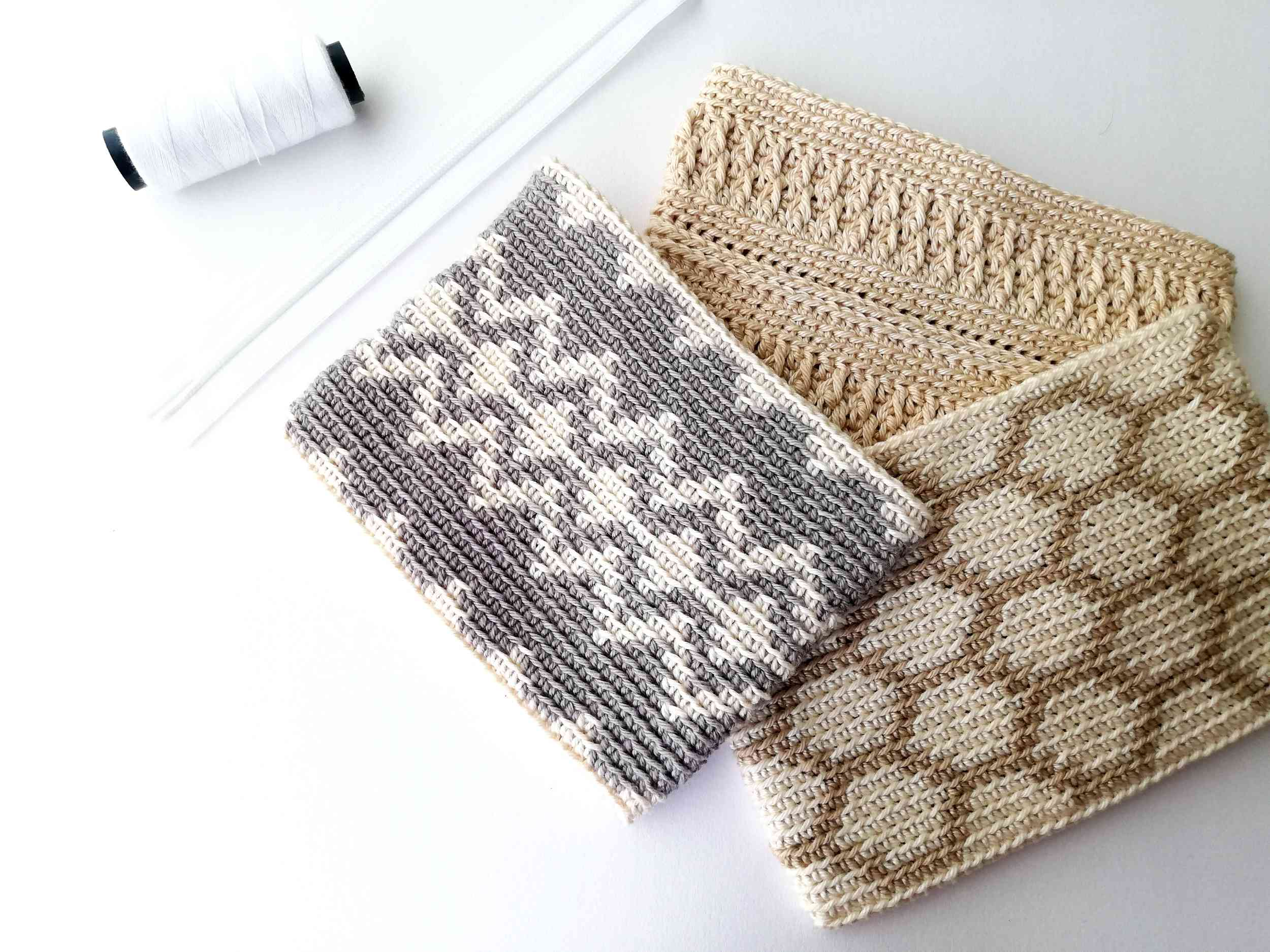 How to sew in a zipper in a crochet pouch and attach lining - Nordic Hook