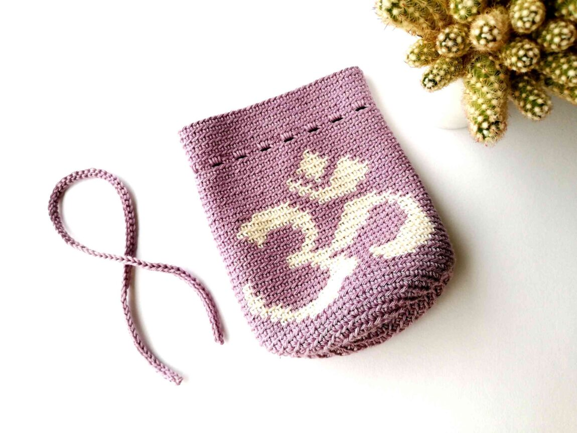 "Crochet drawstring bag ""Yoga Om symbol"""
