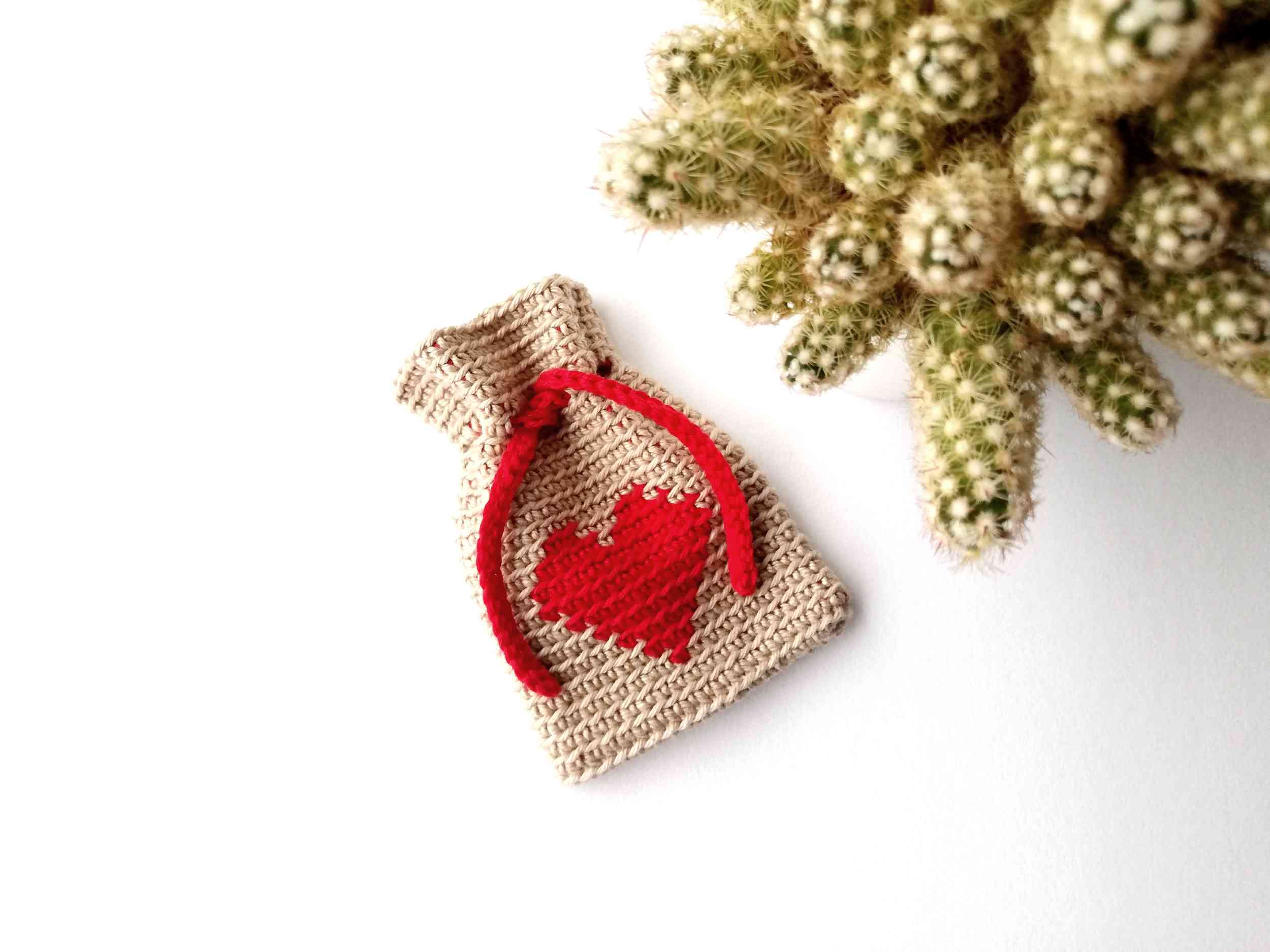 Mini tapestry crochet bag Heart