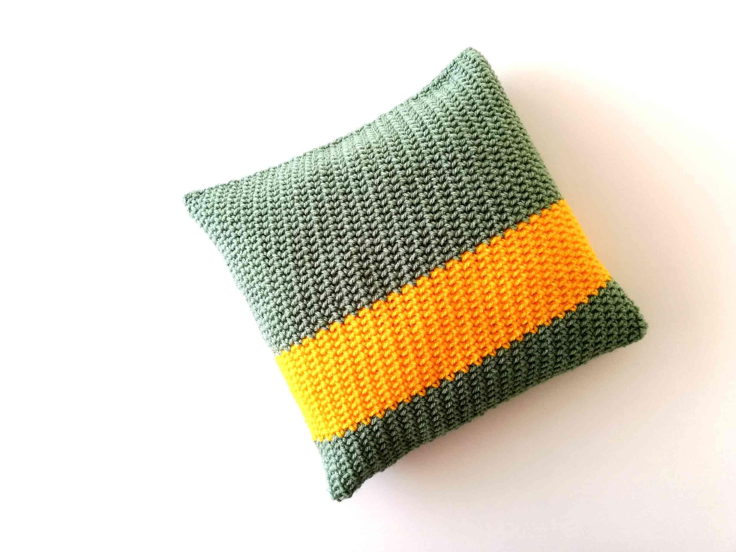 Crochet pillow Sophia