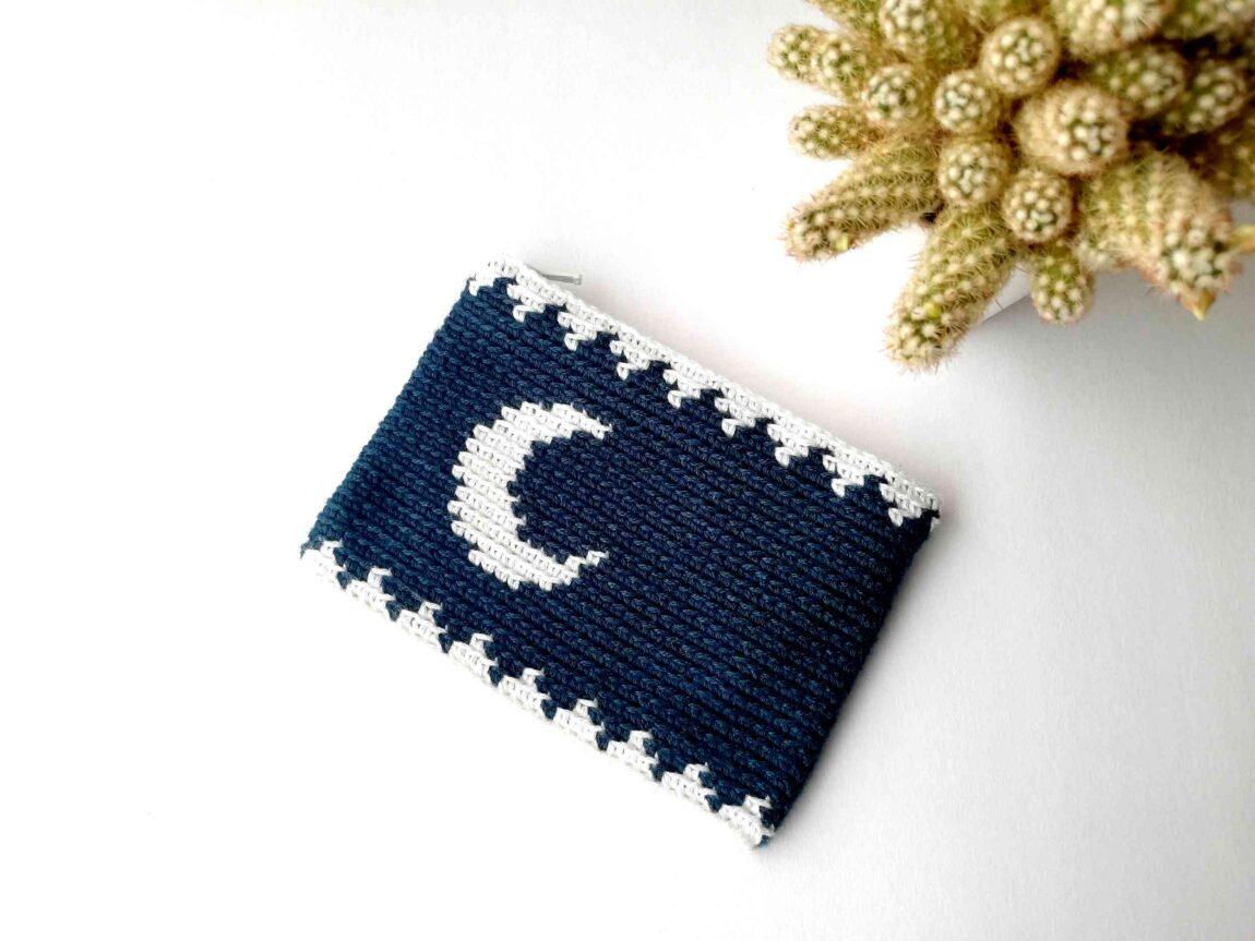 Tapestry crochet zipper pouch Moon